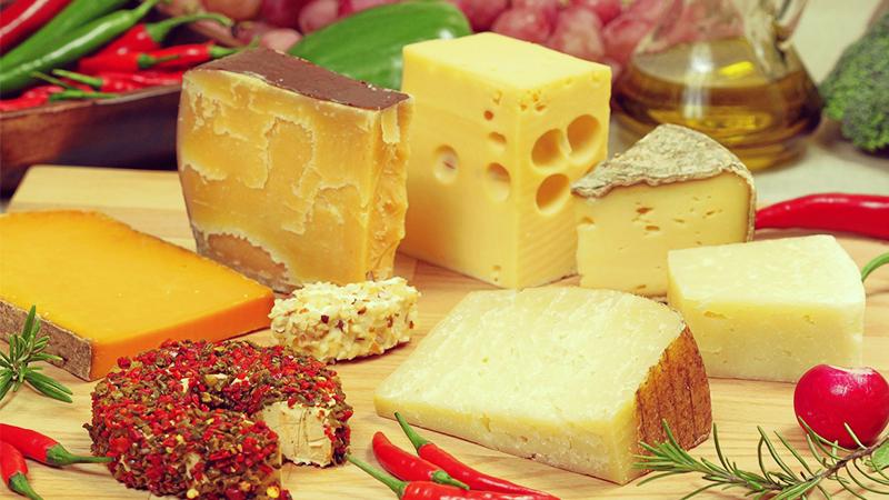 Як правильно вибирати сир?
