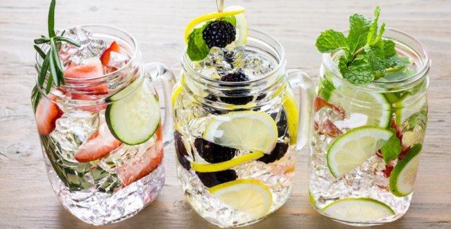 Що таке detox-вода, навіщо її пити, та як приготувати