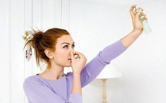 Низка порад, як позбутися неприємних запахів