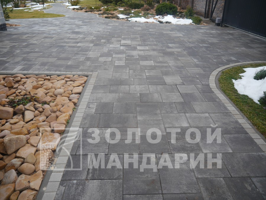 "Тротуарна плитка ""Модерн М"""
