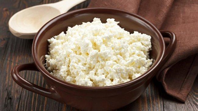 Як приготувати кисломолочний сир власноруч