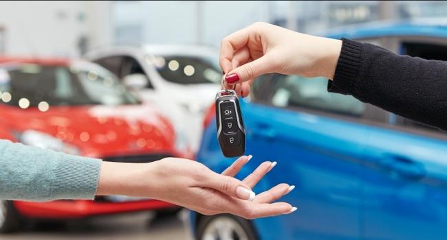 Чи варто купувати новий автомобіль? Міфи і реальність