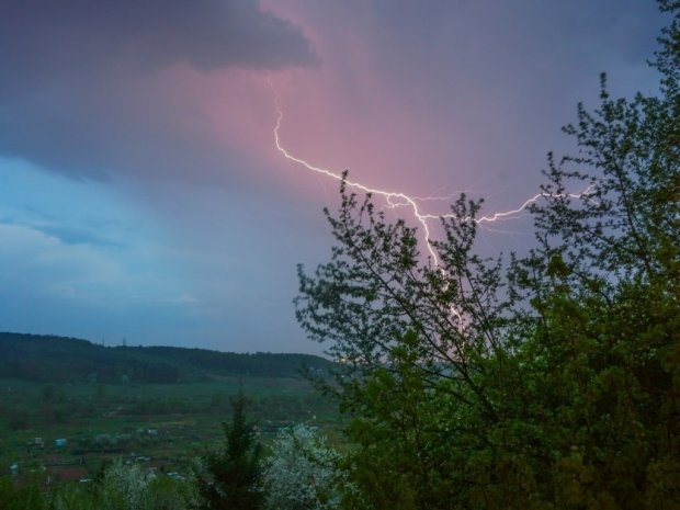 Погода на 11 липня: мерзенний холод продовжить тероризувати українців