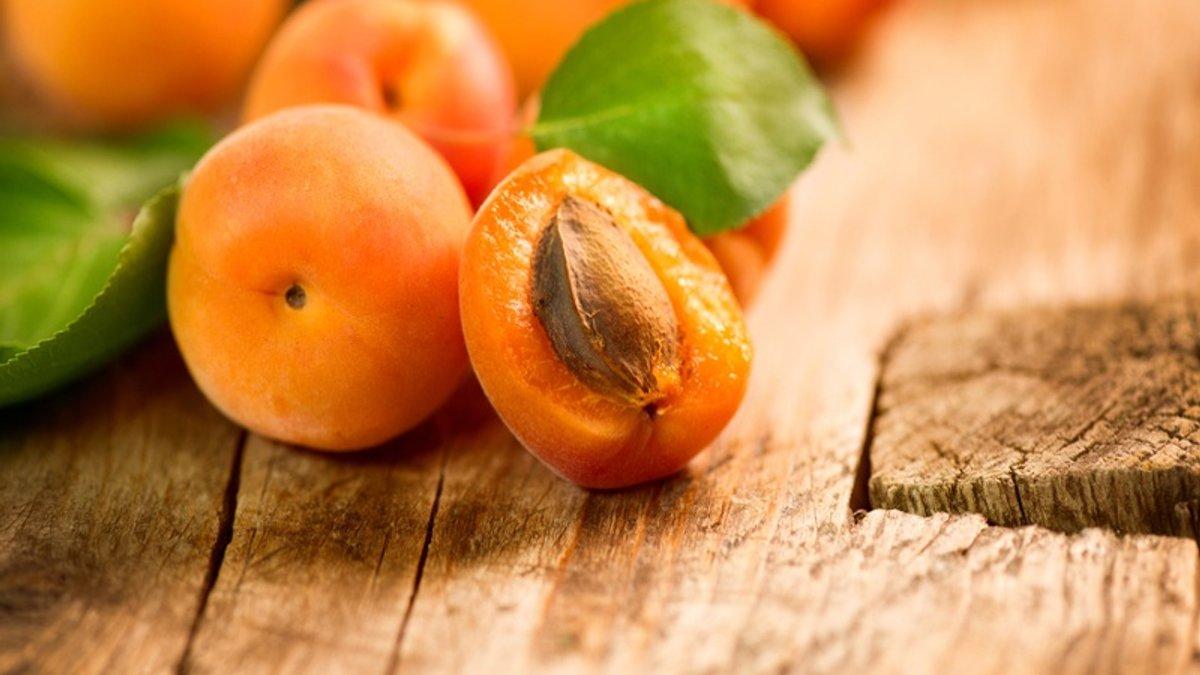 Простий рецепт варення з абрикосів