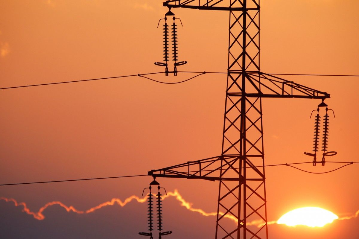 Українців попередили про подорожчання електроенергії, коли і чому зростуть тарифи