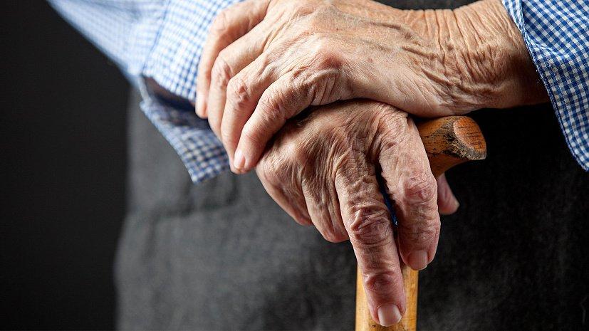 На пенсію у 50 не вийдемо: що робити українцям за відсутності трудового стажу