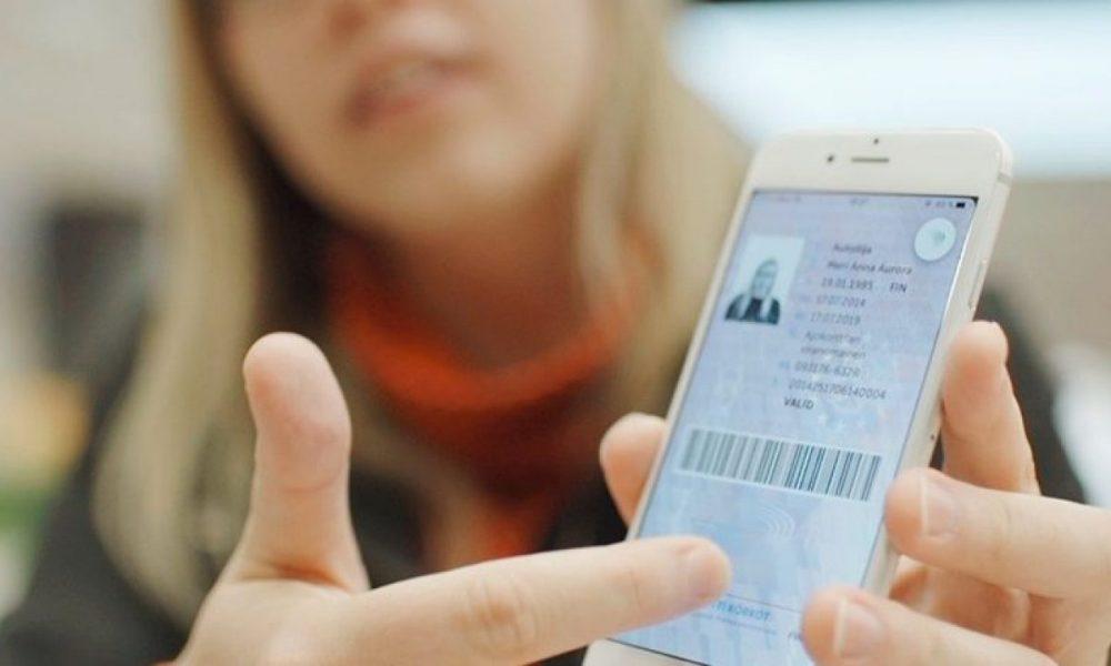 Поліцейські зможуть перевіряти права в смартфоні, як це буде