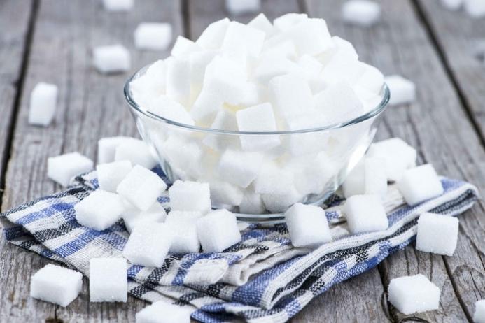 Як навчитися вживати менше цукру