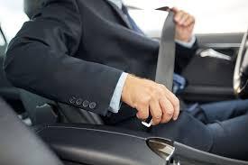 У якому випадку непристебнутий ремінь може врятувати життя водієві