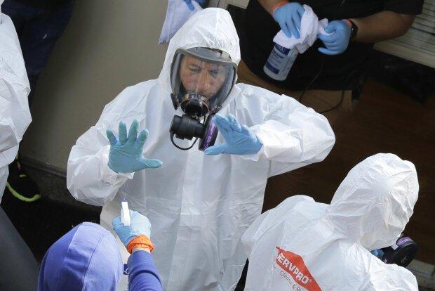 Штрафи за порушення карантину страшніші за коронавірус: у Раді прийняли новий закон