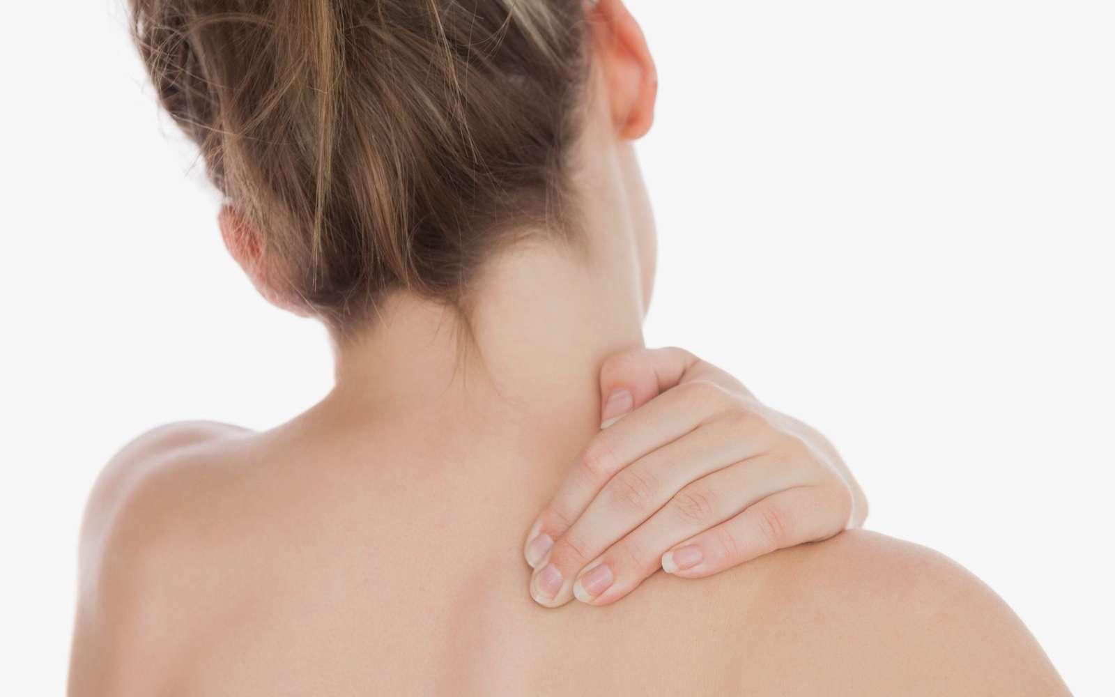 Як лікувати вивих плеча?