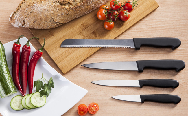 Як швидко заточити кухоний ніж коли під руками немає точила